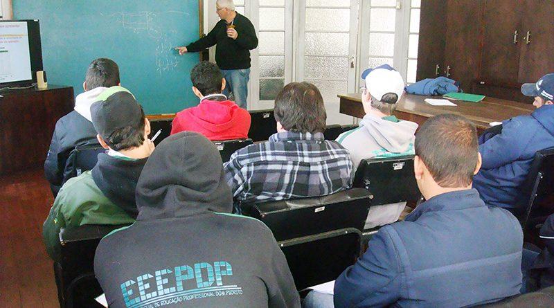 AGPTEA e Fepagro promovem parceria para curso de uso de máquinas e implementos agrícolas